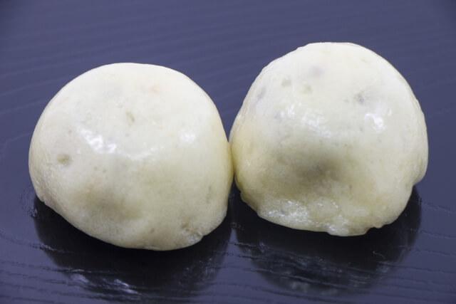 bean-paste bun